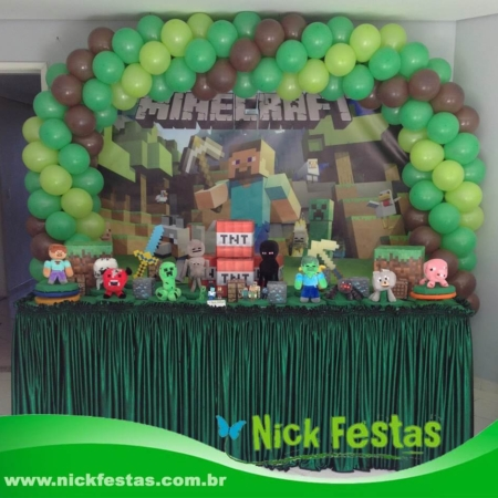 Mesa decorada infantil minecraft