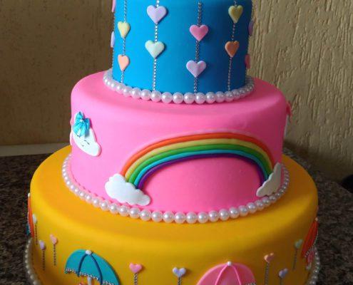 Aluguel de bolo fake chuva de amor